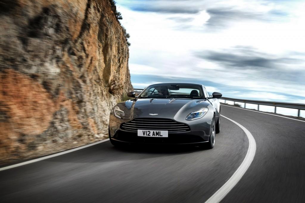 Aston Martin a prezentat noul DB11