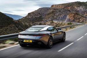 Aston Martin DB 11 (27)