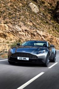 Aston Martin DB 11 (4)