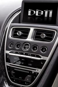 Aston Martin DB 11 (8)