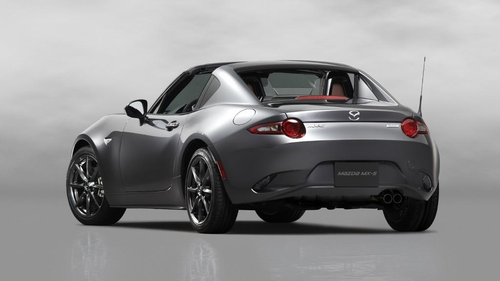 Mazda lansează noul MX-5 cu hardtop retractabil