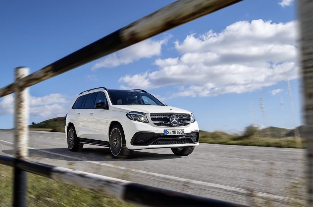 Mercedes-Maybach va lansa un SUV