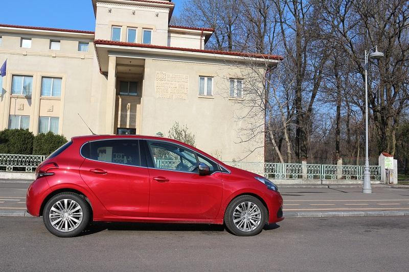 Peugeot 208 – Facelift consistent