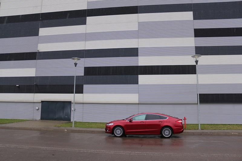 Ford Mondeo – mai rafinat și versatil