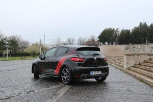 test renault clio RS Trophy (10)