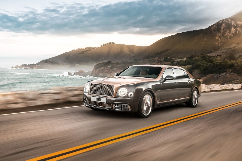 Bentley, 3 debuturi la Monterey Auto Week și Pebble Beach