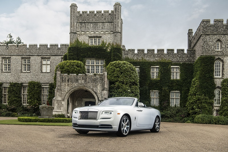 Rolls-Royce – 3 Dawn personalizate la Pebble Beach