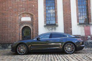Preview oficial Porsche Panamera Praga (19)