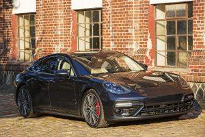 Preview oficial Porsche Panamera Praga (2)