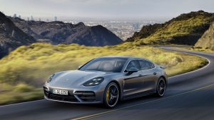 panamera_turbo_executive_2016_porsche_ag