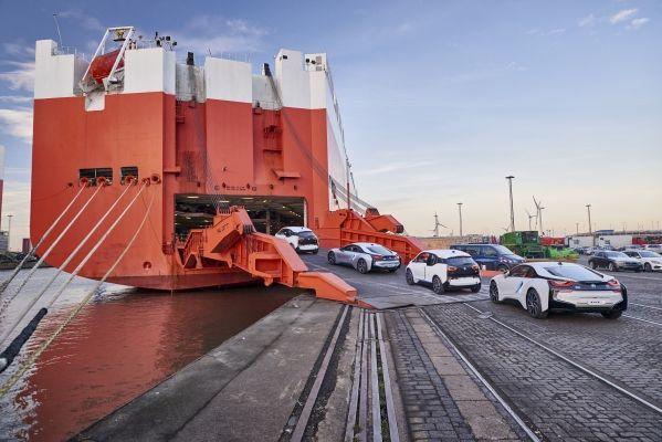 BMW caută parteneri în România pe segmentul producției de mașini electrice