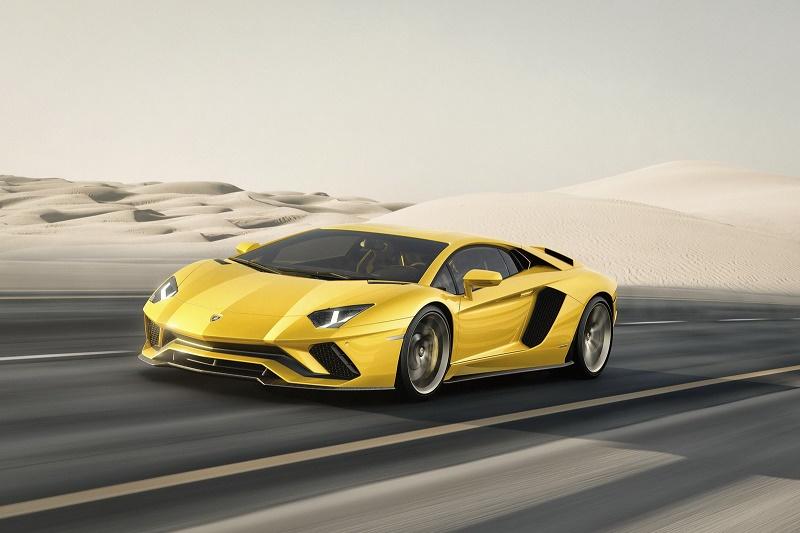 Lamborghini ne arată Aventador S
