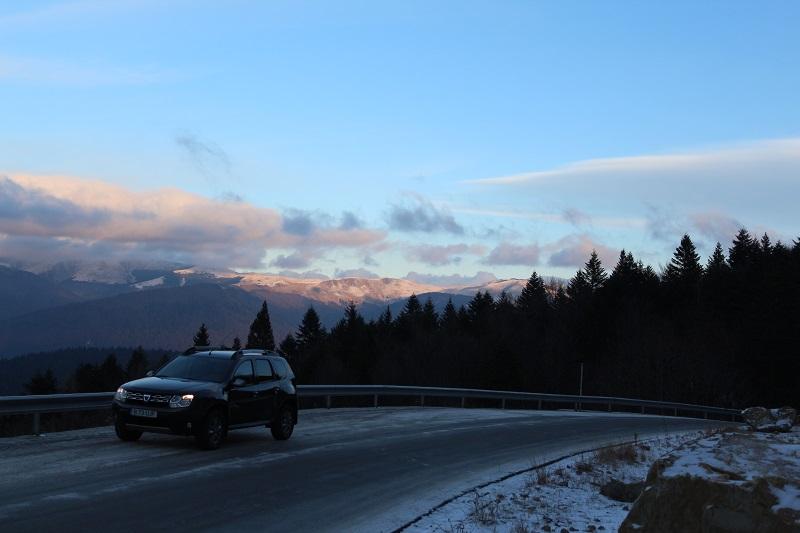 Test cu Dacia Duster de ziua națională