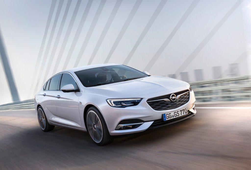 Opel a prezentat în premieră noul Insignia Grand Sport