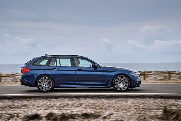 BMW a prezentat noul Seria 5 Touring