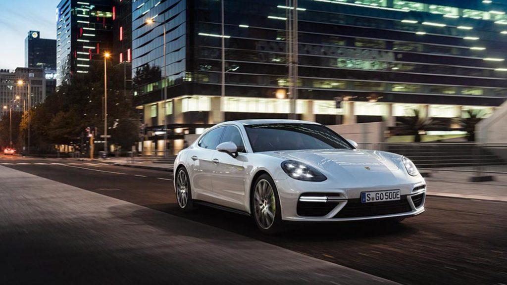 Turbo S E-Hybrid devine cel mai puternic model din gama Porsche Panamera