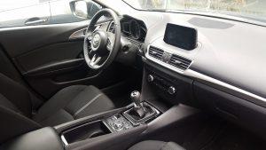 Mazda 3 sedan facelift benzina (10)