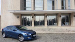 Mazda 3 sedan facelift benzina (7)