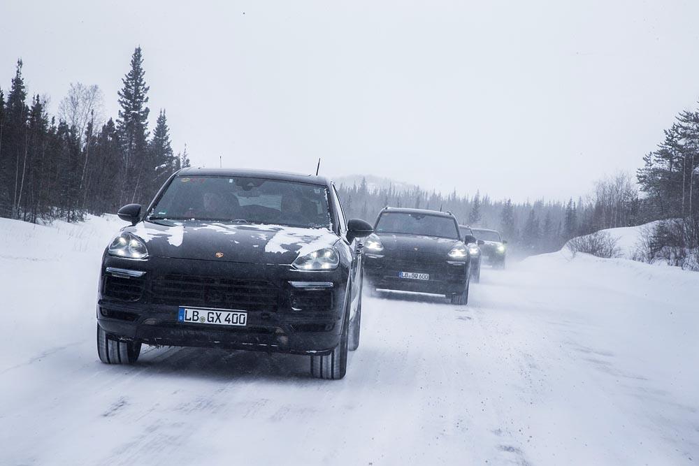 Test global de anduranță pentru noul Porsche Cayenne