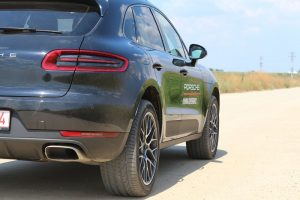 Porsche MACAN 2.0 turbo (6)