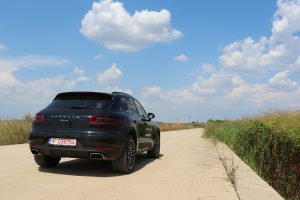 Porsche MACAN 2.0 turbo (7)