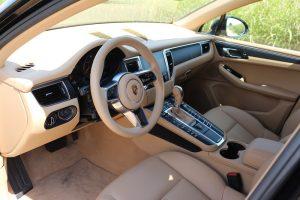 Porsche MACAN 2.0 turbo (8)