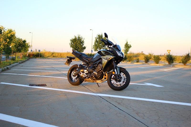 Yamaha Tracer 900 – evadare din rutină