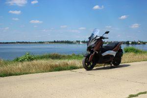 Yamaha XMAX (1)