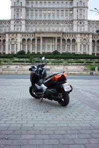 Yamaha XMAX (14)