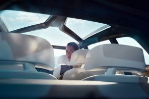 BMW-concept-x7-iperf (2)