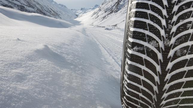 Dunlop și Goodyear ocupă primul și al doilea loc în testele pentru anvelopele de iarnă