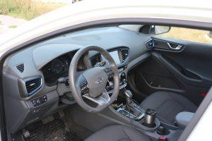 Hyundai IONIQ Hybrid (23)