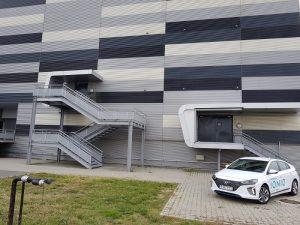 Hyundai IONIQ Hybrid (5)
