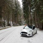 Mașinile albe sunt preferatele clienților din toată lumea