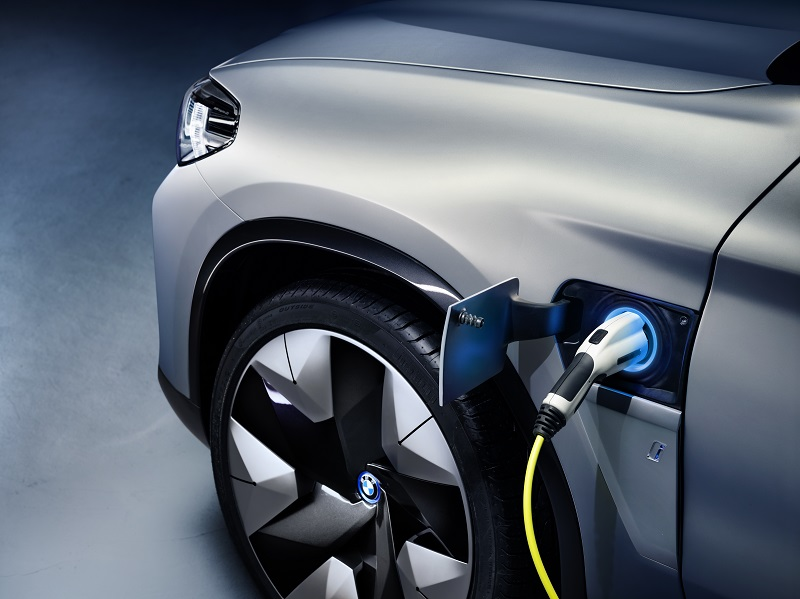 Obiectiv BMW: Peste 200 de milioane de tone reducere a emisiilor CO2 până în 2030