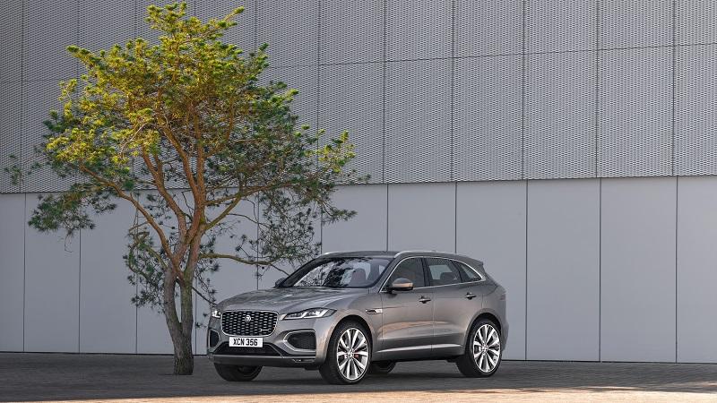 Jaguar Land Rover şi Daimler opresc producţia de automobile la câte două fabrici, din cauza deficitului de semiconductori