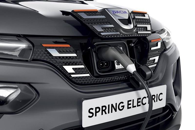 Mașinile electrice vor ajunge să fie mai ieftine decât cele cu motoare pe combustie până în 2027