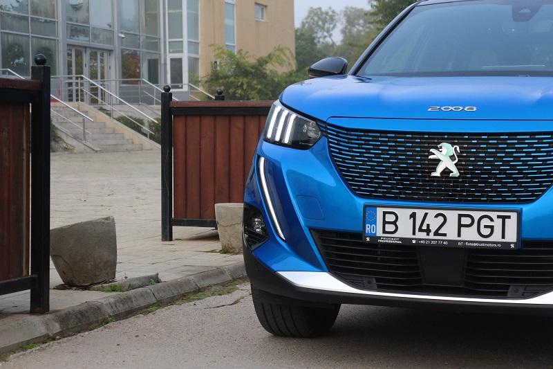 Daimler se asociază cu Stellantis şi Total pentru producţia de baterii