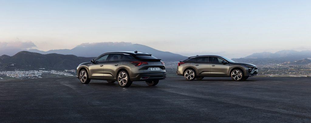 Citroen lansează C5 X – o combinație între eleganța unui sedan, dinamismul unui break și postura ridicată a unui SUV