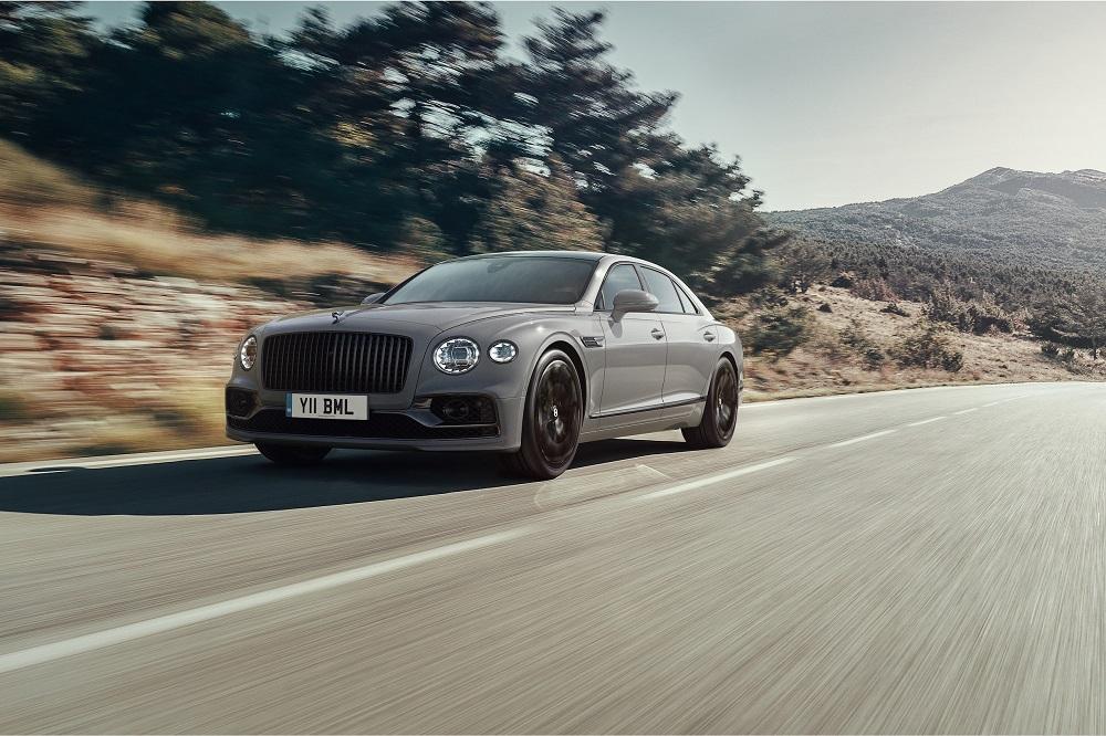 Bentley anunță funcții și opțiuni noi pentru Flying Spur