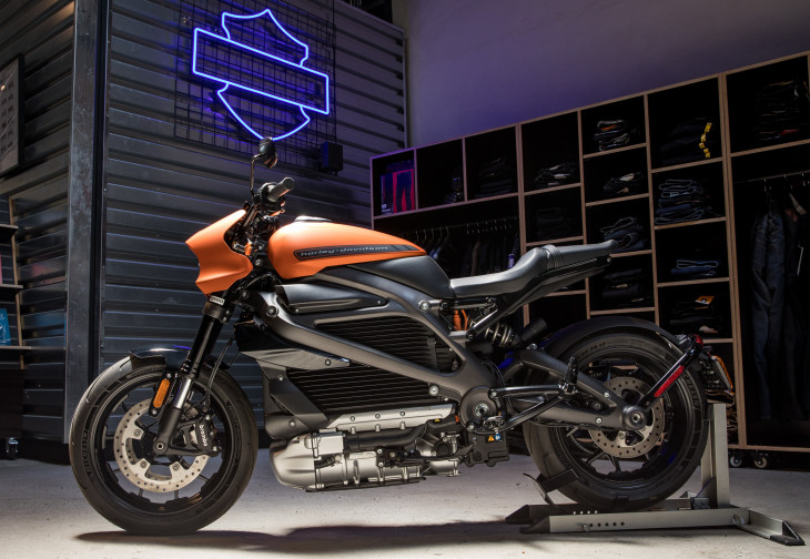 "Harley-Davidson a lansat brandul de motociclete integral electrice ""LiveWire"""