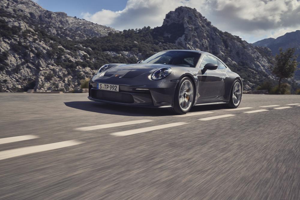 Noul Porsche 911 GT3 cu pachetul Touring
