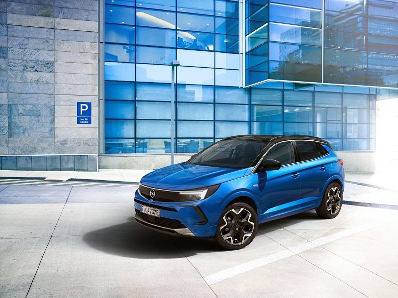 Opel a prezentat noul Grandland cu cockpit digital și tehnologie high-tech
